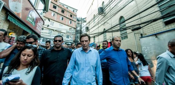 29.set.2017 - O Prefeito do Rio, Marcelo Crivella, visita a favela da Rocinha