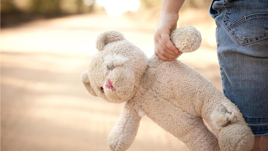 Violência sexual infantil; infância; violência contra crianças - Getty Images