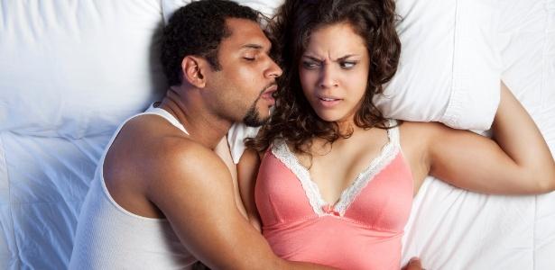 Clique Ciência: Por que acordamos com mau hálito?
