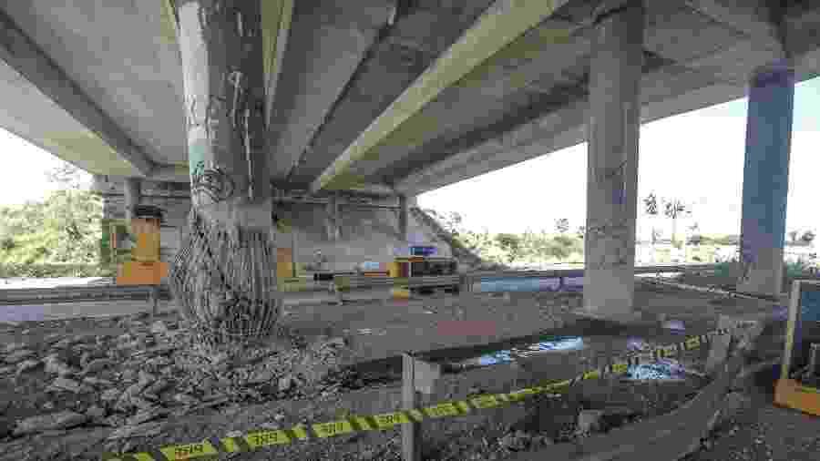 Viaduto da Caucaia, na BR- 020, foi alvo de explosão em ataque criminoso ocorrido na última quinta-feira (3) - 04.jan.2019 - Jarbas Oliveira/Folhapress