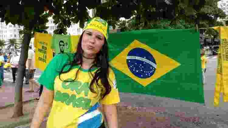 """""""O povo tem o direito de tomar conta do que é dele"""", disse a estudante de Pedagogia Aline Ribeiro - Pauline Almeida/UOL"""