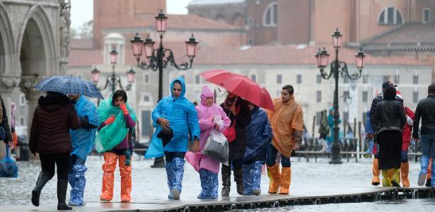 Estado de emergência | Maior inundação em mais de 50 anos deixa 2 mortos em Veneza