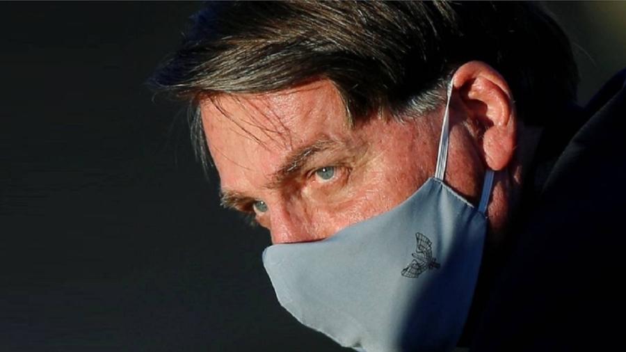 O presidente Jair Bolsonaro usando máscara - Adriano Machado/Reuters