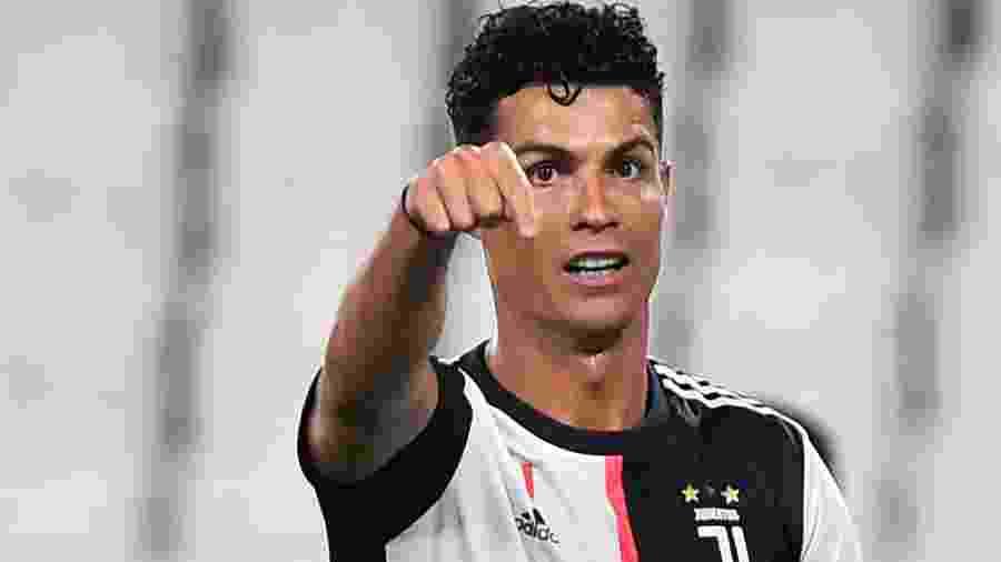 Cristiano Ronaldo bateu mais um recorde na partida contra a Lazio ontem - MASSIMO PINCA