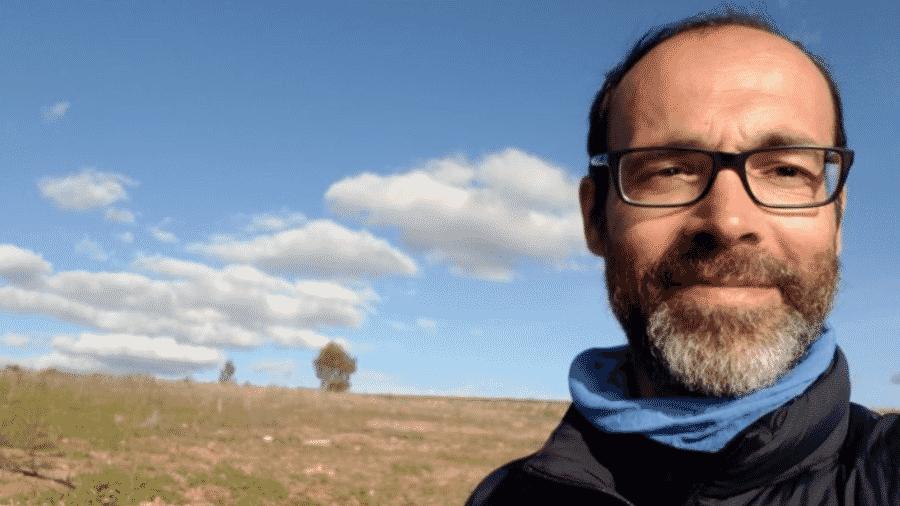 O jornalista de viagens Gabi Martínez ficou responsável por um rebanho de mais de 400 ovelhas - Gabi Martínez