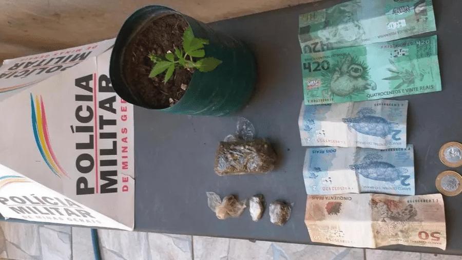 Nota falsa de de R$ 420 apreendida pela Polícia Militar em uma tentativa de golpe em Unaí (MG) - Polícia Militar de Minas Gerais