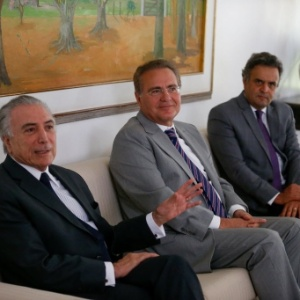 Michel Temer, Renan Calheiros e Aécio Neves se reuniram no final de abril