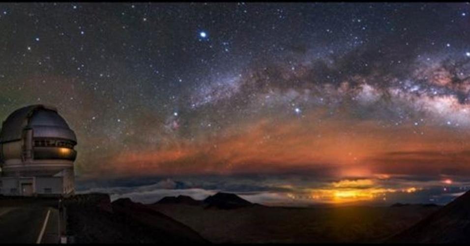 28.jun.2016 - Outro fotógrafo chinês Alvin Wu, levou o prêmio na categoria Luz . O arco ascendente da Via Láctea foi observado em Mauna Kea, no Havaí