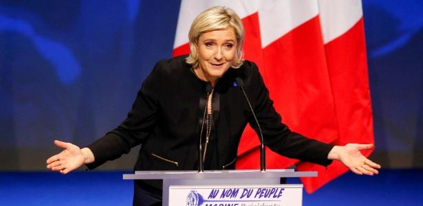 Marine Le Pen, da Frente Nacional, participa de evento para o lançamento da campanha presidencial, em Lyon, França