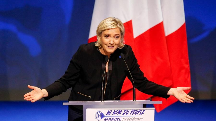 5.fev.2017 - Marine Le Pen, da Frente Nacional, participa de evento para o lançamento da campanha presidencial, em Lyon, França - Robert Pratta/ Reuters