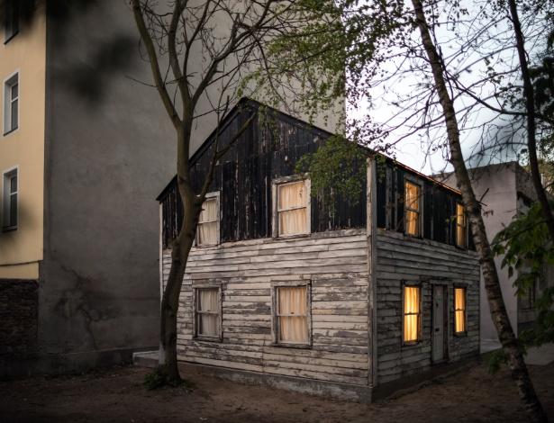 Casa que estava em Detroit e pertenceu à Rosa Parks e que foi remontada em Berlim