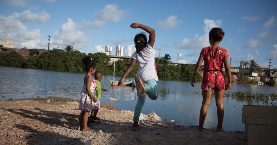 A vida ao longo do rio Capibaribe