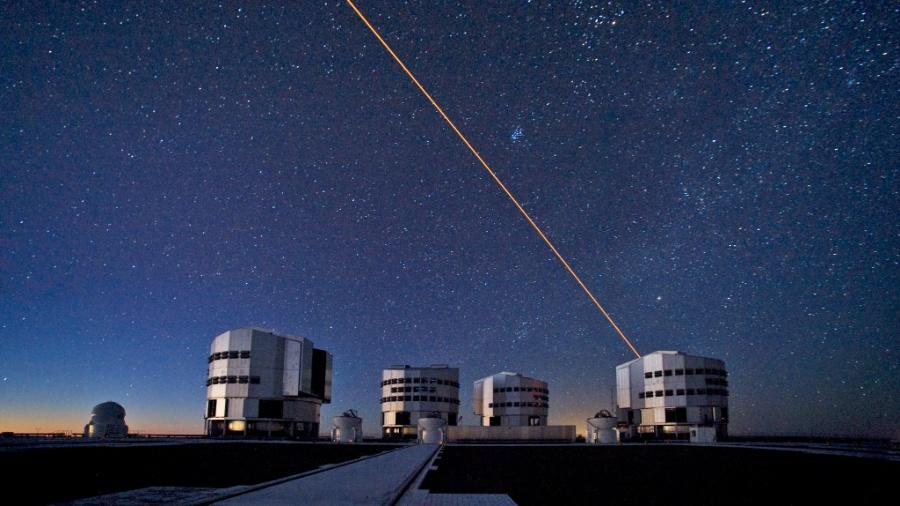 O Very Large Telescope é o maior telescópio em funcionamento do mundo - ESO/S. Brunier