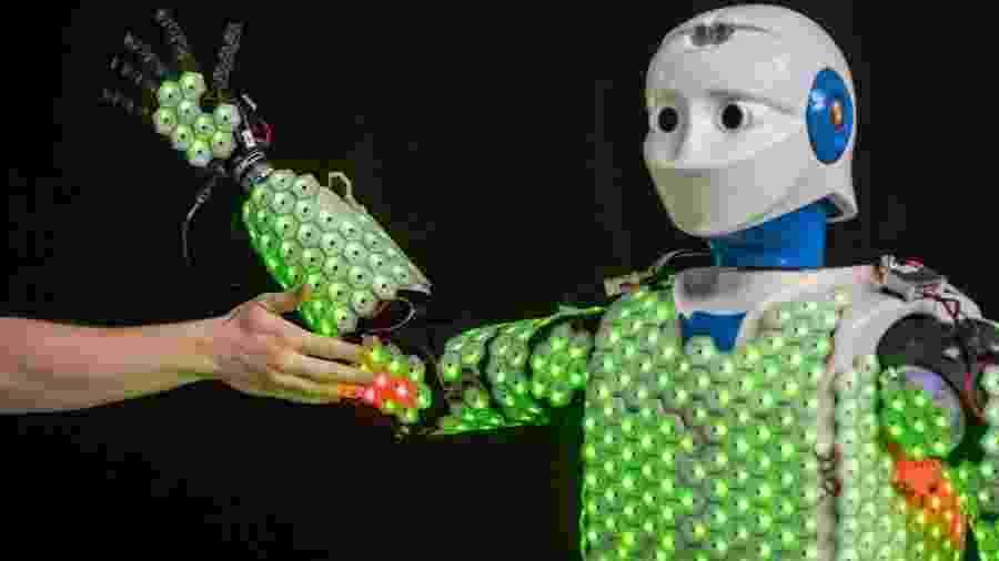 O robô H-1 foi coberto com 13 mil sensores pelo corpo - Astrid Eckert / Universidade Técnica de Munique