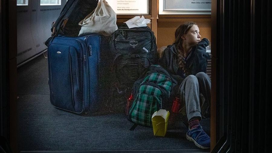 Resultado de imagem para greta thunberg viaja de trem