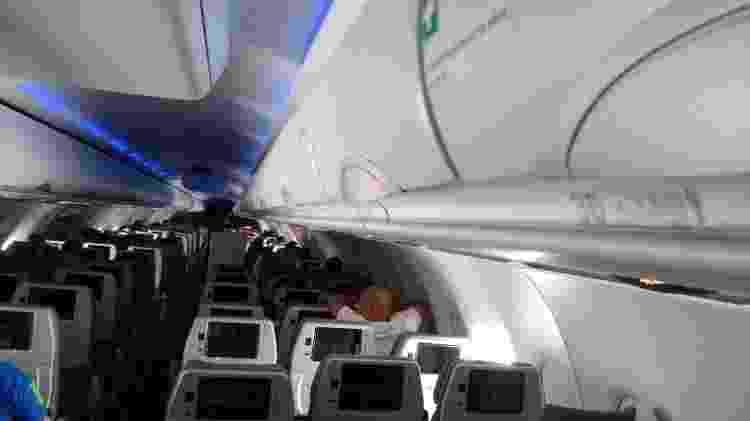 Avião tem 36 fileiras na configuração de assentos 3-3 - Vinícius Casagrande/UOL