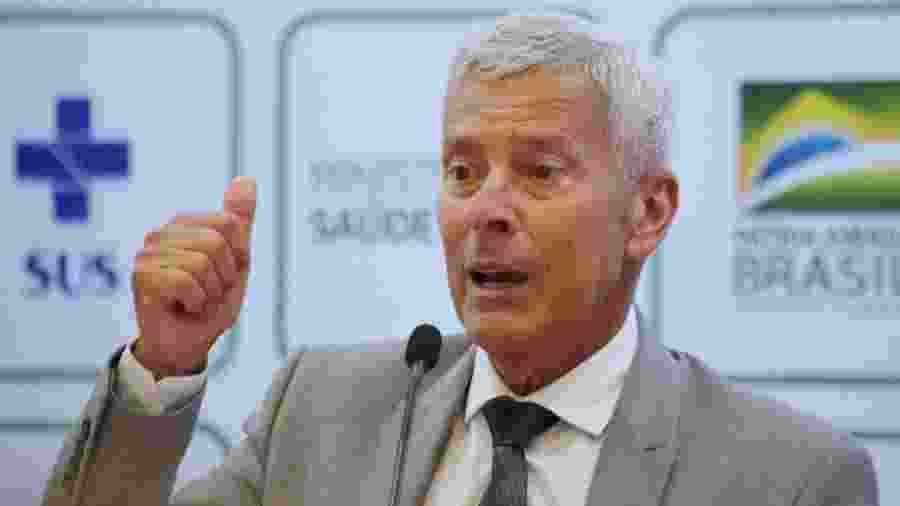 João Gabbardo, secretário-executivo do Ministério da Saúde, durante coletiva de imprensa - 12.mar.2020 - Fátima Meira/Futura Press/Estadão Conteúdo