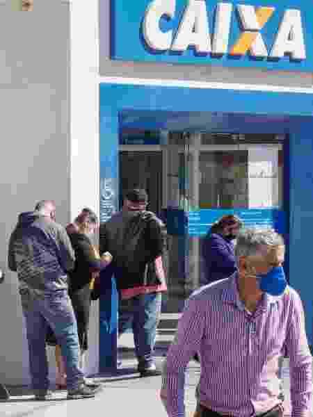 Além de agências da Caixa Econômica Federal, como a de Osasco (SP), população em extrema vulnerabilidade terá apoio em Correios e rede de assistência social no estado de São Paulo - Mineto/Futura Press/Estadão Conteúdo