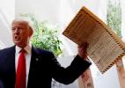 Trump assina ordem para investigar suposta fraude eleitoral - Andrew Kelly/Reuters
