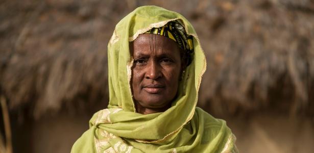 Salmata Boullo Diallo, que perdeu seus dois filhos, Amadou e Gibbe; ambos morreram em diferentes naufrágios no Mediterrâneo