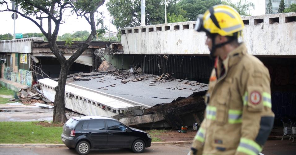 6.fev.2018 - Por volta das 14h, o Corpo de Bombeiros informou que a área do acidente estava controlada