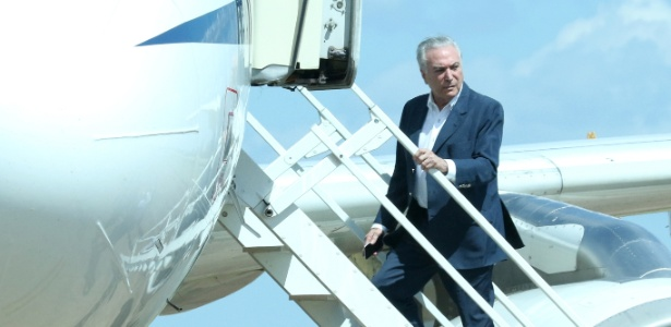 O presidente Michel Temer (MDB) embarca em avião presidencial no último sábado