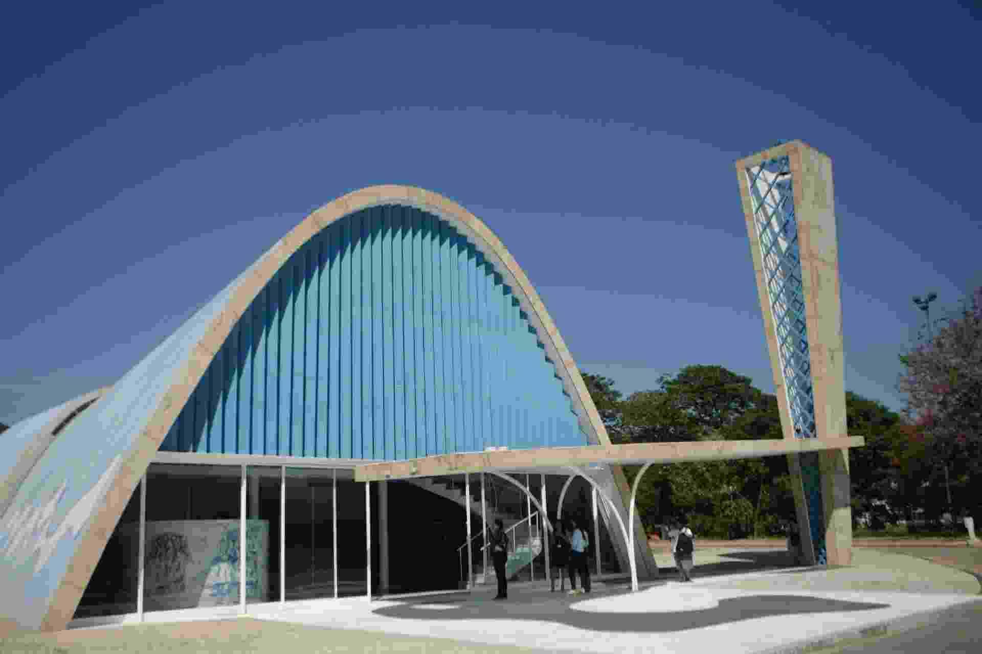 A Igreja de São Francisco de Assis, a Igrejinha da Pampulha, que faz parte do  projetada pelo arquiteto Oscar Niemeyer e concluída em 1945 - ALEX DE JESUS/O TEMPO/ESTADÃO CONTEÚDO