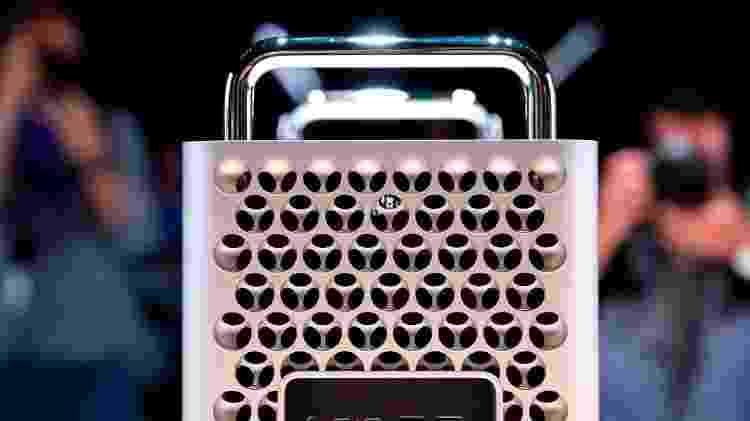 O computador tem três dissipadores grandes de calor para evitar superaquecimento - Getty Images