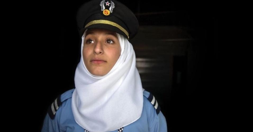9.fev.2016 - Malack, 16, é uma futura policial para