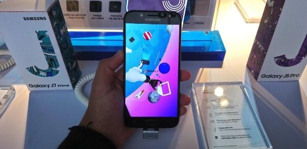 Smartphone Galaxy J5 Pro, da Samsung, conta com dois sensores de 13 megapixels