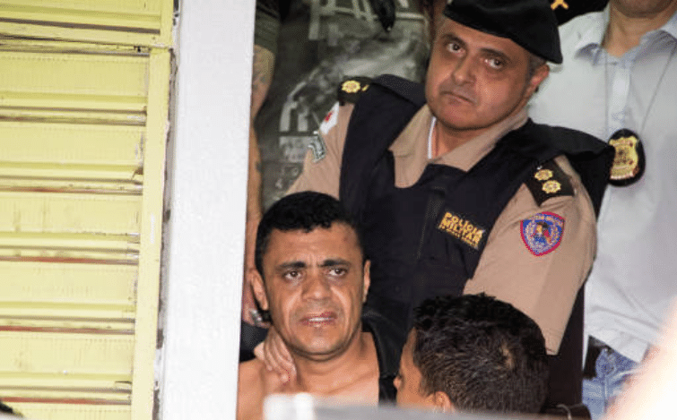 Suspeito de esfaquear Jair Bolsonaro é preso