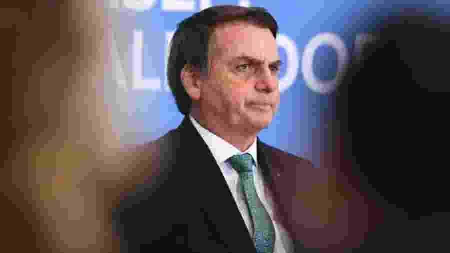 Presidente Jair Bolsonaro defendeu o fim da obrigatoriedade de aulas teórias e práticas para tirar a CNH - Evaristo Sá/AFP