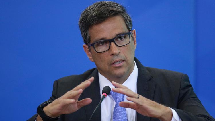 Economia e a covid-19 | Presidente do BC adverte: Se País levar quebra de contrato ao limite, haverá colapso