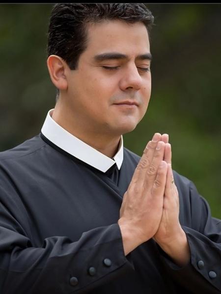 Padre Robson de Oliveira Pereira, de Goiás, é investigado por lavagem de dinheiro - Divulgação