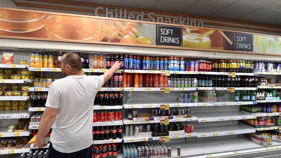 22.jul.2021 - Prateleiras vazias em supermercado no centro de Londres  - Justin Tallis/AFP