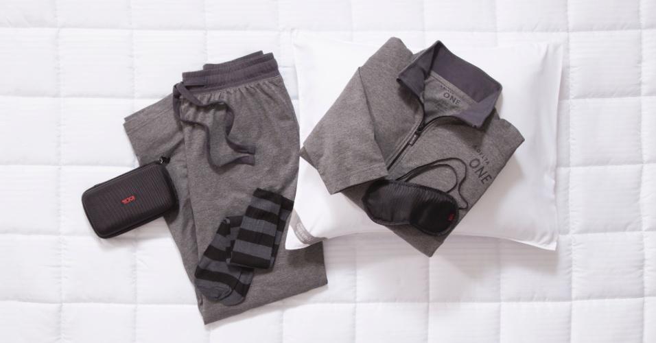 O kit para dormir da norte-americana Delta Airlines tem, além do pijama, um par de meias e uma máscara