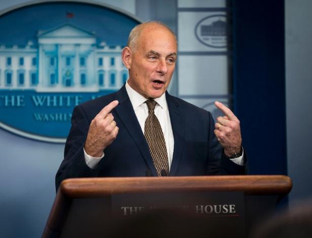 John Kelly, chefe de gabinete da Casa Branca, durante conversa com a imprensa, em Washington