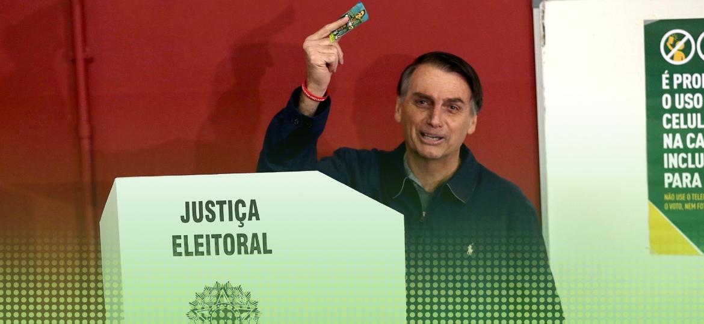 Bolsonaro votando Primeiro Turno - Reuters - 7.out.2018