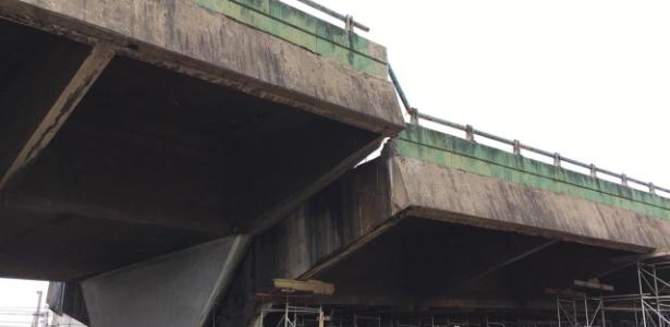 Viaduto da Marginal Pinheiros que cedeu em parte na última quinta-feira  - Guilherme Maziero/UOL