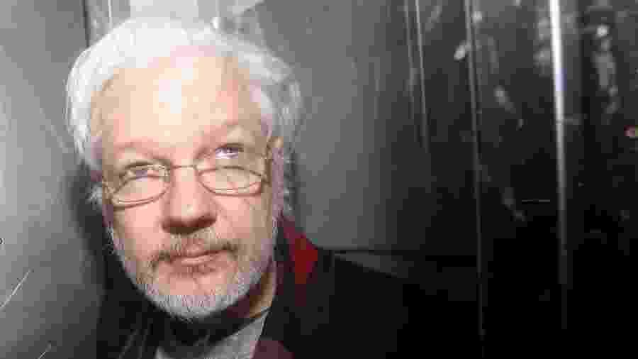 EUA incluíram hoje novos argumentos à acusação contra o fundador do site WikiLeaks, Julian Assange -