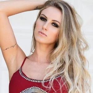 A modelo Aline Furlan