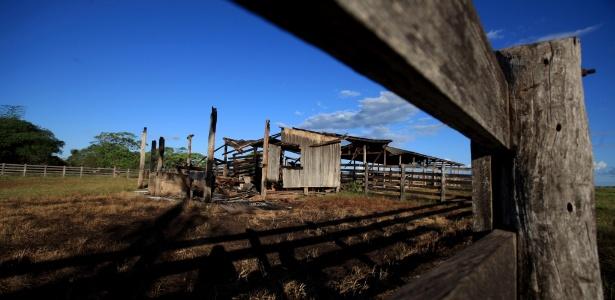 Trabalhadores rurais montaram acampamento na Fazenda Lúcia, em Pau D'Arco, no sudoeste do Pará, para pedirem a desapropriação de uma área por suposta grilagem