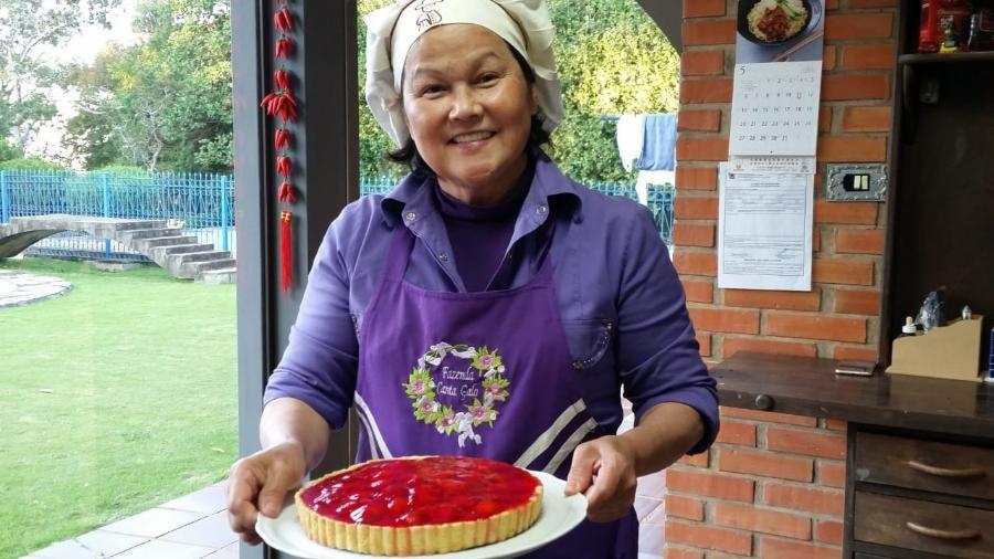 Kazumi Yamamoto fez vários cursos de confeitaria e gastronomia a distância e abriu um negócio próprio aos 64 anos - Arquivo pessoal