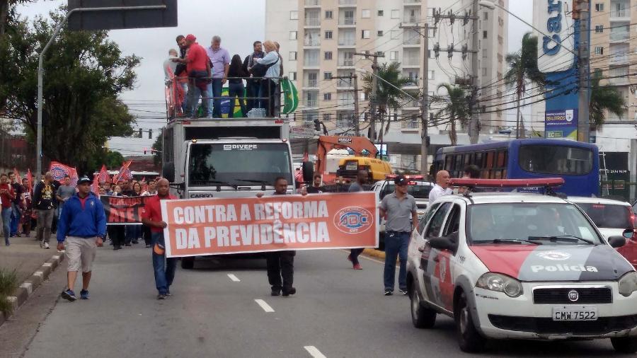Protesto contra a reforma da Previdência em São Bernardo do Campo (SP) - Ricardo Rick/Futura Press/Estadão Conteúdo