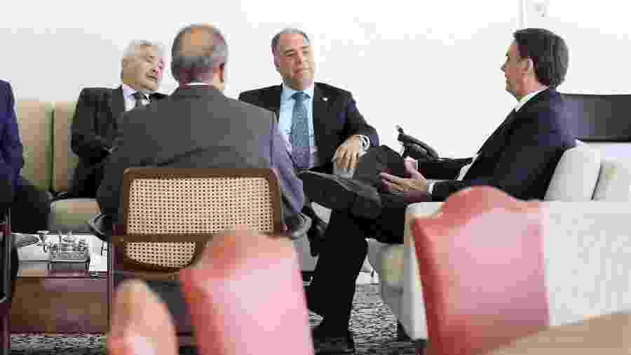 14.mar.2019 - O presidente da República, Jair Bolsonaro (PSL), durante encontro com senador Fernando Bezerra Coelho (MDB-PE), líder do governo no Senado - Marcos Corrêa/PR
