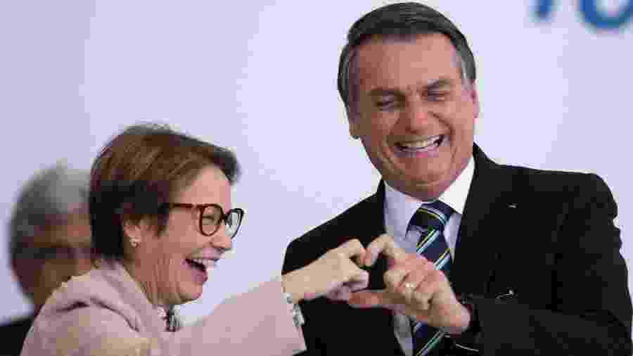 18.jul.2019 - Ministra da Agricultura, Tereza Cristina, e o presidente Jair Bolsonaro em evento para celebrar os 200 dias do governo - Myke Sena/Fotoarena/Estadão Conteúdo