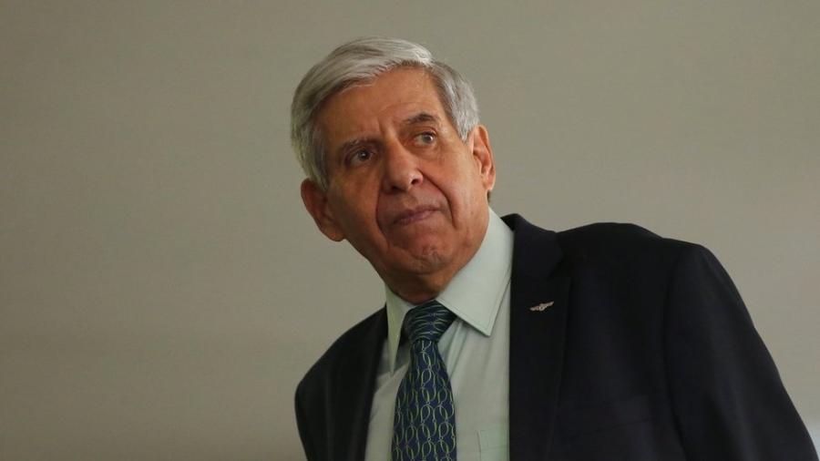 Augusto Heleno é ministro do Gabinete de Segurança Institucional - Reuters