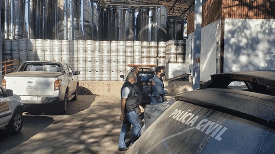 Mandado de busca e apreensão na Cervejaria Backer foi expedido pela Justiça a pedido do MPMG - Divulgação/MPMG