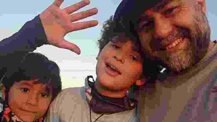 Joel de Oliveira Junior com os filhos Arthur e Victor - Acervo pessoal - Acervo pessoal