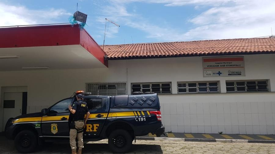 Família foi escoltada até Hospital Vermelhinho, na Vila Maria, em São Paulo - Divulgação/PRF